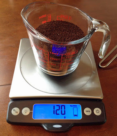 Weigh coffee for cold brew